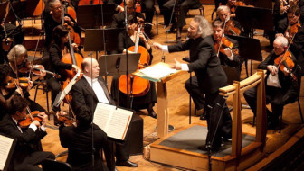 Oregon Symphony's Challenging Path